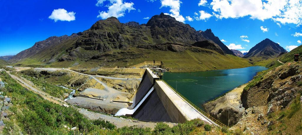 Staudamm Wasserkraftwerk