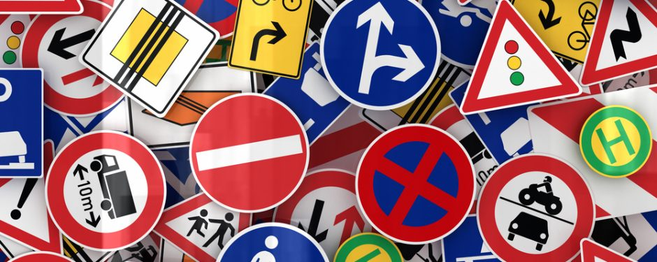 Was macht ein Verkehrszeichen-Assistent? Genius die junge Wissenscommunity von Daimler, MINT-Bildungsinitiative