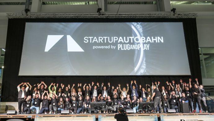 Genius, Genius Wissenscommunity, spannendes Wissen für Schüler, MINT-Themen, Startup Autobahn, Innovationsplattform von Daimler, Innovationsförderung, Start-up, Young Professionals, Innovationen, Arbeiten bei Daimler, Mercedes-Benz