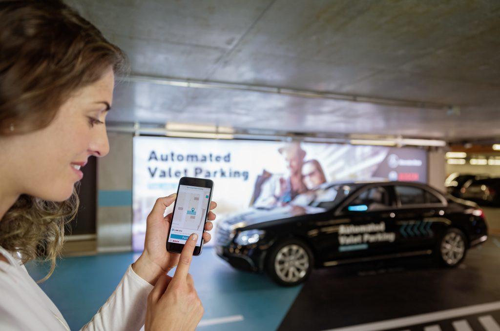 Genius Wissenscommunity, Kinderreporter, Daimler, IAA 2017, Assistenzsysteme, Fahrerassistenzsysteme, Parkassistent, Mercedes-Benz