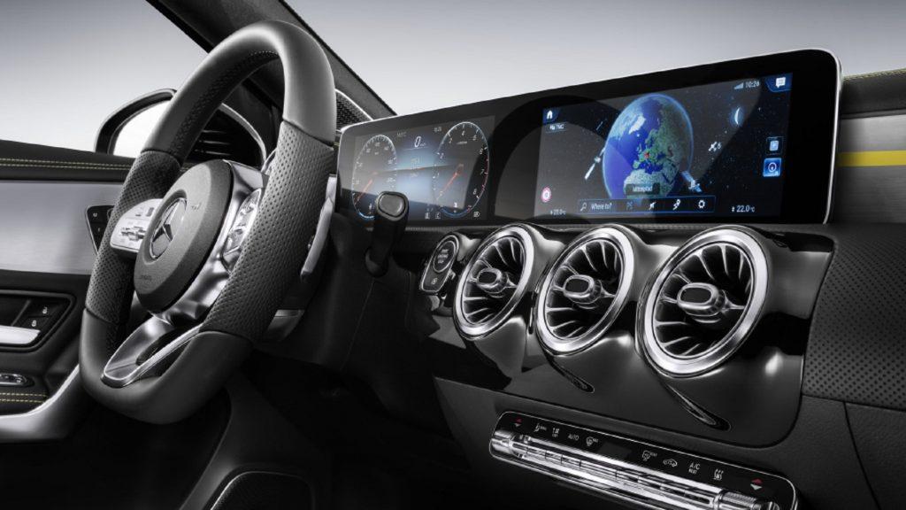 Das MBUX-Entertainmentsystem von Daimler mit Sprachassistenz.
